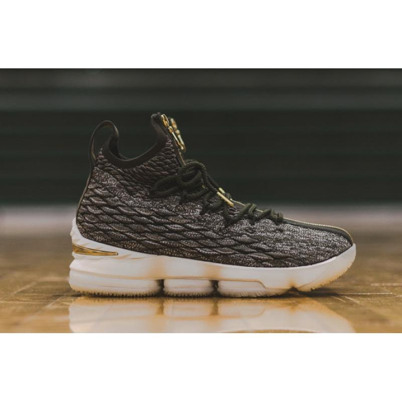 0458baf234d22 Super Deals KITH X Nike LeBron 15  SVSM  Dark Green Gold-White ...